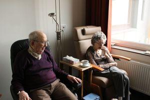 Ryhmänohjauksen perusteet muistisairaiden hoito- ja hoivatyössä